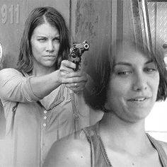 Lauren Cohan as Maggie gif Walking Dead Pictures, Walking Dead Tv Series, The Walking Dead Tv, Walking Dead Season, Lauren Cohen, Maggie Greene, Glenn Rhee, Dead Inside, Best Shows Ever