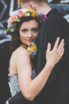 Rockig & Alternativ – Eine originelle Calkboard Hochzeitsinspiration @die bahrnausen http://www.hochzeitswahn.de/inspirationsideen/rockig-alternativ-eine-originelle-calkboard-hochzeitsinspiration/ #love #couple #shooting