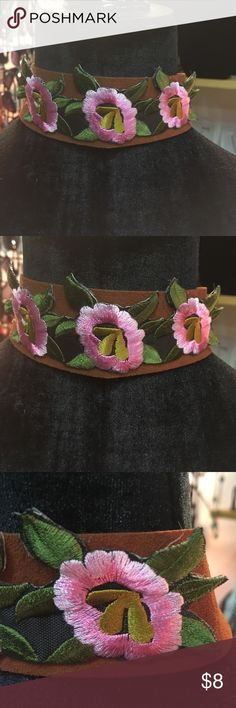 Choker/Necklace Pink flowers with greenery on brown chic and trendy Jewelry Necklaces