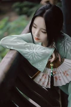 Traditional clothing special style, beautiful girl and model, include china, korea, japan tradition style Traditional Fashion, Traditional Outfits, Traditional Chinese, Poses, Art Asiatique, China Girl, Foto Art, Chinese Clothing, Chinese Culture