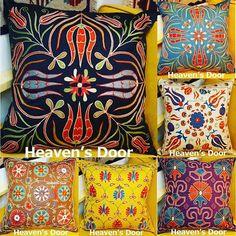 heavensdoor.istanbul 2017/02/23 11:47:40 こんにちは😘 ネットショップに素敵な新商品を沢山upしております。 こちらは、ウズベキスタン伝統の手刺繍・スザンニのクッションカバーです。 刺繍糸は上質なシルクを使用。 柄はトルコの国花のチューリップやカーネーションなど🌷 お部屋に一つあるだけでとても華やかになります。💕 当店では、プチプラな雑貨から一点物の上質なトルコインテリア雑貨やファッションまで幅広く取り揃えております。 . 本日も皆様のご来店お待ちしております。 . . #heavensdoor #ヘヴンズドア #トルコ雑貨 #トルコランプ #ガラス #バッグ #ストール #アクセサリー #インテリア #雑貨 #ラグ #キリム #オヤ #白楽 #横浜 #トルコ #イスタンブール #ハンドメイド #一点物 #プレゼント #天然石 #ピアス #トルコ石 #刺繍 #旅 #旅行 #クッションカバー #可愛い #花 . . ▼実店舗 『Heaven's Door白楽店』 住所:神奈川県横浜市神奈川区白幡町2-18…