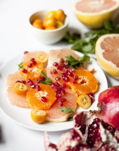 23 Grapefruit Recipes to Make All Winter Long - PureWow Grapefruit Recipes, Grapefruit Salad, Winter Salad, Winter Food, How To Make Salad, Food To Make, Healthy Desserts, Healthy Dinner Recipes, Clean Diet