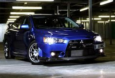 mitsubishi lancer evolution xi blue color - headlamp