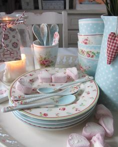 Greengate - Home Page Style Shabby Chic, Chabby Chic, Shabby Chic Pink, Shabby Chic Kitchen, Shabby Chic Decor, Country Kitchen, Cozy Cottage, Cottage Style, Kitchen Items
