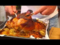 JEDYNA TAKA ! GOLONKA PO POLSKU ! / Oddaszfartucha - YouTube Pizza Lasagna, Pork Hock, Polish Recipes, Polish Food, Ribs, Recipies, Cooking Recipes, Meat, Ethnic Recipes