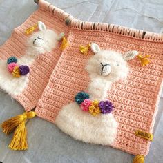 Little late to wish happy new year, but happy new year anyway dear crochet friends. 🎊🍾 These cuties are ready to be shipped to their new… Tapestry Crochet Patterns, Crochet Wall Hangings, Macrame Patterns, Crochet Home, Free Crochet, Knit Crochet, Weaving Art, Amigurumi Patterns, Crochet Projects