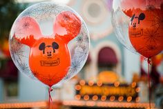 Guide to Everything for Halloween Time at Disneyland - Special snacks, attractions, decorations, and more!