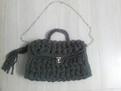 #handmade #crochet #ola_crochet #knitting #كروشيه #مصر #تريكو #made_in_egypt #alize #هاند_ميد #اشغال_يدويه Bucket Bag, Bags, Fashion, Handbags, Moda, Pouch Bag, Dime Bags, Fasion, Totes