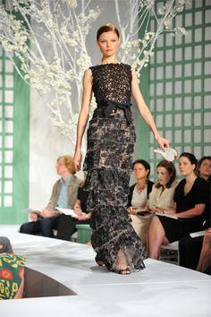 Oscar de la Renta Resort 2009 Fashion Show - Magdalena Frackowiak
