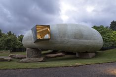 Image 2 of 20 from gallery of Smiljan Radic's Serpentine Pavilion / Images by Danica O. Kus. Photograph by Danica O. Kus