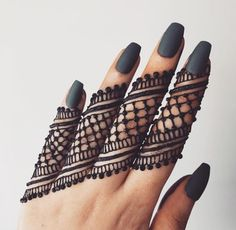 Beautiful and Easy Mehndi Design Collection, Heena and Arabic Mehndi Design - Fashion Finger Mehendi Designs, Henna Flower Designs, Mehndi Designs Front Hand, Pretty Henna Designs, Simple Arabic Mehndi Designs, Henna Tattoo Designs Simple, Henna Art Designs, Mehndi Design Photos, Mehndi Simple