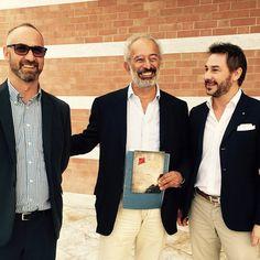 """ALBA- Oggi nella kermesse """"Libriinalba"""" ho avuto il grande piacere di presentare il primo libro del mio amico Gianni... nella foto insieme con GAD LERNER http://www.targatocn.it/2015/09/27/leggi-notizia/argomenti/targato-curiosita/articolo/alba-presentato-il-libro-di-gianni-lovera-la-stella-e-laquilone.html"""