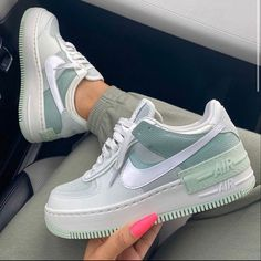 Nike Air Force 1 brand new colorway, they are a dream be quick girls! Dr Shoes, Cute Nike Shoes, Swag Shoes, Cute Nikes, Hype Shoes, Shoes Sneakers, Nike Custom Shoes, Girls Sneakers, Casual Sneakers
