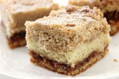 11 Mouth-watering Father's Day Brunch Recipes That Are Sure To Melt Hearts Crumb Coffee Cakes, Coffee Cake Muffins, Crumb Cakes, Breakfast Pastries, Breakfast Dishes, Food Cakes, Cupcake Cakes, Cupcakes, Cake Recipes
