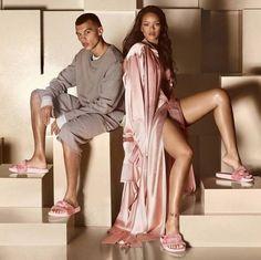 Chinelo de Rihanna para a Puma chega ao Brasil