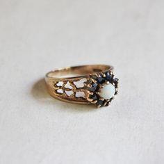 1978 Vintage Opal & Saphire Ring (9CT Gold) /オパール & サファイア・ヴィンテージリング