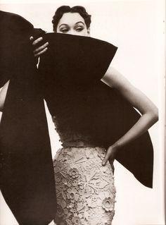 Balenciaga Spring, Cutwork, Contrast, Vintage, Lace, Fashion, Moda, Fashion Styles, Racing