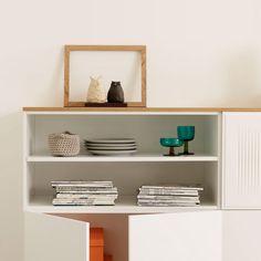 Lundia Fuuga – Modernit designhuonekalut ja säilytysratkaisut Sweet Home, Nordic Design, Lund, Floating Shelves, Scandinavian, Modern, New Homes, Organization, Interior Design