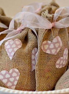 Valentine's Burlap Treat Bags | DIY Valentine Ideas via @joannstores