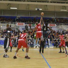 Union Rennes Basket 35 - Ligue de Bretagne Basket-ball Baskets, Basket Ball, Basketball Court, Sports, Rennes, Brittany, Hs Sports, Hampers, Basket