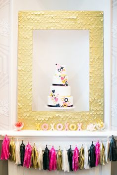 Kate Spade inspired cake backdrop // photo by Anneli Marinovich Photography, cake by Sugared Saffron // View more: http://ruffledblog.com/kate-spade-inspired-wedding-event/