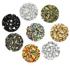 Voici de toutes nouvelles perles en verre forme de spike qui ne vous laisseront pas indifférent ! A vous les nouvelles créations de bijoux en tout genre. Perles en verre pressé de grande qualité designées par Sabine Lippert. A partir d'1,45€ >>> https://www.perlesandco.com/Verre_Spiky_Button%C2%AE-c-2626_40_3373.html