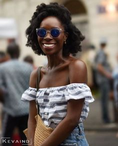 The best transitioning hairstyles for short hair is the ones that requires minimum effort! Today i will show you 17 Excellent transitioning hairstyles for short hair! If You want the best style for growth then try the. Modern Hairstyles, Afro Hairstyles, Summer Hairstyles, Black Hairstyles, American Hairstyles, Updo Hairstyle, Wedding Hairstyles, Natural Hair Updo, Natural Hair Styles