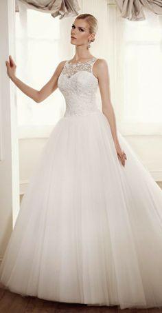 Elianna Moore 2014 Wedding Dress Collection | Team Wedding Blog #weddingdress #weddingdresses #wedding