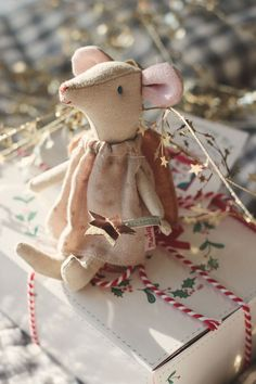 Free mouse pattern and clothes via Mollie Makes Magazine ...