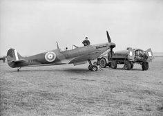 Groundcrew refuelling Supermarine Spitfire Mk IIa of No. 19 Squadron at Fowlmere, September This aircraft was one of the few Spitfire Mk IIs to fly operationally with a front-line squadron before the end of the Battle of Britain. Ww2 Aircraft, Fighter Aircraft, Military Aircraft, Fighter Jets, Military Weapons, Aviation Image, Aviation Art, The Spitfires, Ww2 Pictures