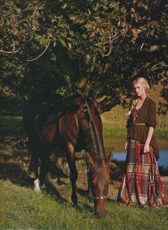 Love the tartan and cozy jumper. Found on http://dustjacketattic.blogspot.com/