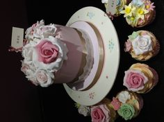 Vintage Mother's Day cake Andrias cakes scarborough