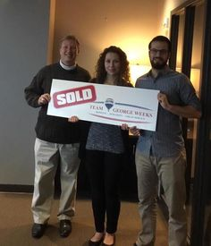 Congratulations to Ross & Andreea D. on the sale of their house with #TeamGeorgeWeeks! #PhotOfTheDay #Closed