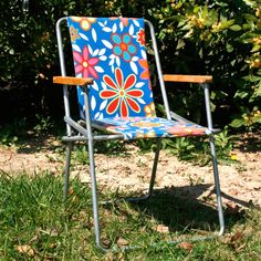 En vacances c t vintage on pinterest - Chaise enfant accoudoir ...