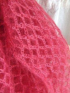 New Crochet Lace Scarf Ganchillo 63 Ideas Crochet Baby Shawl, Crochet Beanie Pattern, Crochet Poncho Patterns, Shawl Patterns, Crochet Stitches, Crochet Squares, Crochet Scarf For Beginners, Beginner Knit Scarf, Beginner Crochet