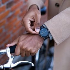 Skagen Smartwatch - Falster 2 Black Magnetic Steel-Mesh Smartwatch, Skagen, Smartphone, Steel Mesh, Usb Hub, Microsoft Surface, Tech Gadgets, Fashion Dolls, Magnets