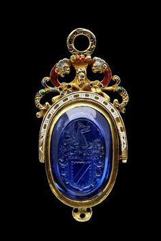 Seal and Case 1580 The Victoria & Albert Museum This beauitful engraved sapphire seal mounted in enamelled gold dates to about 1580 and was most likely the seal of Sir Thomas Knyvett Renaissance Jewelry, Ancient Jewelry, Antique Jewelry, Vintage Jewelry, Antique Rings, Royal Jewelry, Gold Jewelry, Jewelery, Fine Jewelry