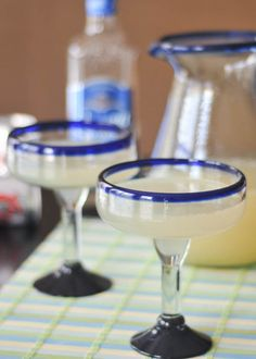 Cinco de Mayo party and a new margarita recipe! Love the look of this recipe. Can't wait to try.