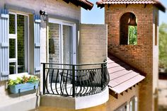Our unique Self-Catering Village Studio Apartments are positioned above quaint shops in Village de Pont at the Winery. The apartments are open-plan and sleep up to a maximum of 4 guests, with one king-size bed and one bunk bed (ideal for kids). Studio Apartments, Open Plan, Bunk Beds, Restaurant, King Size, Catering, Outdoor Decor, Shops, Sleep