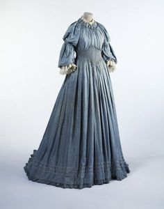 33 Best Historicism images   Fashion history, Historical clothing ... 56e0a24ebd48