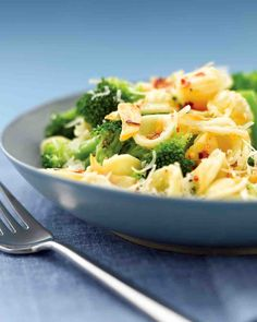 This delicious recipe combines orecchiette with broccoli. Serve sprinkled with Parmesan!