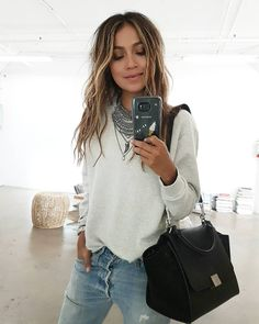Simple in my go-to @shop_sincerelyjules Stella sweatshirt! | http://ift.tt/1dK8wvR by sincerelyjules
