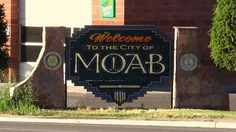 Best Places In Usa, Places To Travel, Places To Go, Utah Vacation, Vacation Ideas, Town Names, Usa Holidays, Moab Utah, Road Trip Usa