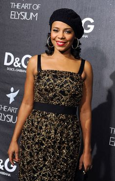 Google Image Result for http://www.martinipink.com/wp-content/uploads/2008/12/sanaa-lathan-dg.jpg