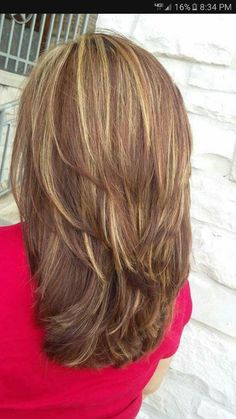 Pin by Heather Dorn on Hairstyles in 2019 Medium Layered Hair, Medium Hair Cuts, Long Hair Cuts, Medium Hair Styles, Short Hair Styles, Hair Color And Cut, Cut My Hair, Haircuts For Long Hair, Pinterest Hair