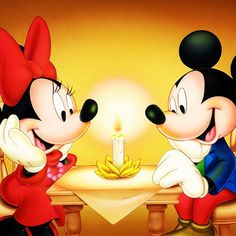 Minnie & Mickey│Mouse - #Minnie - #Mickey Mickey And Minnie Love, Mickey Mouse And Friends, Mickey Minnie Mouse, Walt Disney, Disney Magic, Disney Art, Retro Disney, Cute Disney, Image Mickey