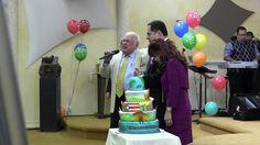 Juan Romero Predicando En El Homenaje al Dr. Diaz-Pabon
