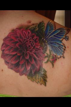 Dahlia and butterfly tattoo Dahlia Tattoo, Bouquet Tattoo, Flower Tattoos, Dahlia Bouquet, Succulent Bouquet, Dahlia Flowers, Dream Tattoos, Future Tattoos, Z Tattoo