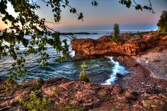 Waves on the shores of Lake Superior in Presque Isle Park, Marquette, Michigan. Photo by @Joey Lax-Salinas