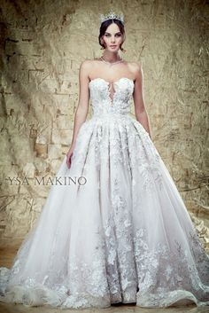 Beautiful Ysa Makino Wedding Dress Collection Ysa Makino Wedding Dress - This Beautiful Ysa Makino Wedding Dress Collection design was upload on March, 14 2020 by admin. Here latest Ysa Makino Wed. How To Dress For A Wedding, Wedding Dress Sizes, Nice Dresses, Girls Dresses, Flower Girl Dresses, Ball Gown Dresses, Bridal Dresses, Badgley Mischka Bridal, Couture Wedding Gowns